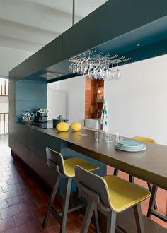 Kitchen I love. Une cuisine design et minimalistes aux touches de jaune