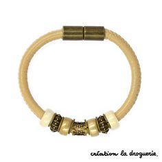 Un joli bracelet aimanté pour habiller nos poignets ! #ladroguerie #bracelet