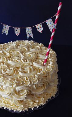 4himglory:  How To Make A Rose Cake | Bakers Royale