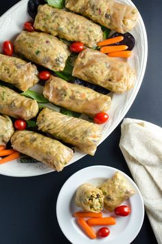 If you think spring rolls and summer rolls are only for takeout, think again. These 21 spring and summer rolls recipes prove you can create these easy apps too. Vegan Indian Recipes, Raw Food Recipes, Asian Recipes, Healthy Recipes, Vegan Food, Healthy Food, Healthy Spring Rolls, Summer Rolls, Appetizer Dishes