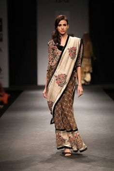 Saree Draping Styles, Saree Styles, Indian Attire, Indian Wear, Indian Style, Indian Ethnic, India Fashion, Asian Fashion, Women's Fashion
