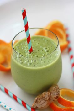 Cold Killer Smoothie ~ Have a bug floating around your house or want a great recipe to help nip something in the bud if you start to feel it coming on? This Cold Killer Smoothie is the perfect drink to help soothe your symptoms.