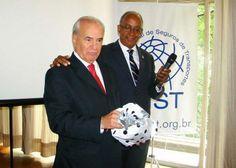 Bertacini defende a especialização de corretores de seguros em outros ramos