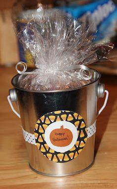 Cup of Delight: Halloween Treat Buckets {Delightfully Creative}