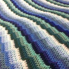 Crochet Pattern: Bargello Waves Blanket