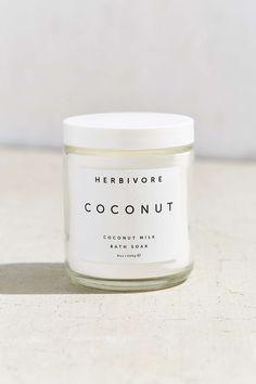 Herbivore Botanicals Coconut Milk Bath Soak - Urban Outfitters