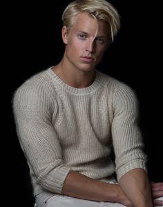 A random collection of hot guys Mode Masculine, Beautiful Men Faces, Beautiful Boys, Beautiful Models, Blonde Man, Look Man, Athletic Men, Fade Haircut, Haircuts For Men