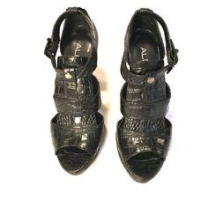 Black Gladiator heel Back Gladiator style heel. 4 inch heel. Very comfortable. ALDO Shoes Heels