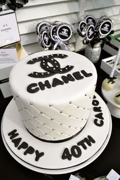 Chanel Party | CatchMyParty.com