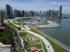 Avenida-Balboa-Panama-City
