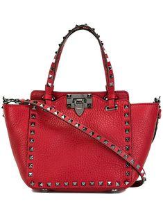 ca720e07a66 Valentino sac porté épaule Valentino Garavani