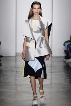 Parsons MFA Spring 2016 Ready-to-Wear Collection Photos - Vogue