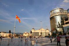 square-skopje-macedonia-davidsbeenhere