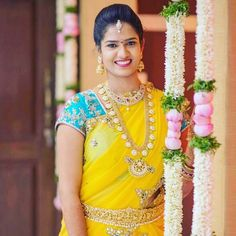 Cool combination for haldi morning Wedding Looks, Bridal Looks, Bridal Packages, Bridal Makeover, Bridal Tips, Indian Bridal Wear, Bride Portrait, Elegant Saree, South Indian Bride