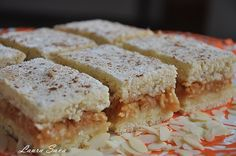 Romanian apple cake - replaced the margarine with oil and added ammonium powder Apple Cake, Sandwiches, Cookies, Mai, Sweet, Food, Powder, Facebook, Sweets