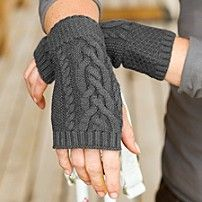These hand warmers look so comfortable!