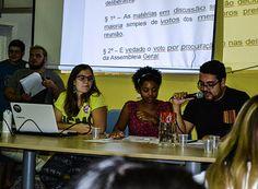 Estudantes da Uemg Passos iniciam criação do DA http://www.passosmgonline.com/index.php/2014-01-22-23-07-47/geral/10414-estudantes-da-uemg-passos-iniciam-criacao-do-da