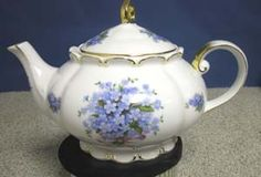 Blue Forget Me Not Princess Teapot