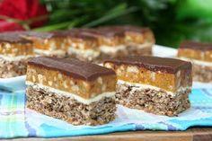 miremirc...bucataria in imagini: Prajitura Snickers Sweets Recipes, Cookbook Recipes, Baby Food Recipes, Just Desserts, Cake Recipes, Food Baby, Snickers Dessert, Snickers Cake, Food Cakes