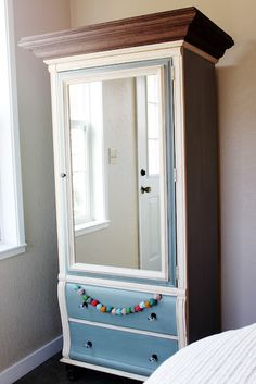 How gorgeous is this painted DIY armoire?