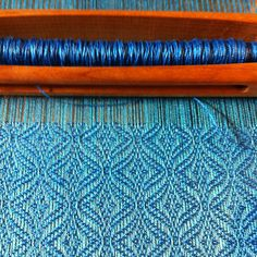 Love this:  Ravelry: PadreWayne's Undulating Twill #4