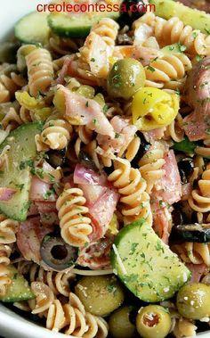 Italian Pasta Salad use low fat pepperoni as meats Best Pasta Salad, Pasta Salad Italian, Pasta Salad Recipes, Healthy Pasta Salad, Italian Dishes, Italian Recipes, Cooking Recipes, Healthy Recipes, Brunch