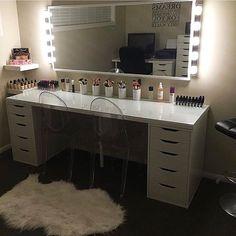 Modern Dresser Design Ideas For Makeup Room To Copy Today Teen Girl Bedrooms, Teen Bedroom, Diy Bedroom Decor For Teens, Bedroom Ideas, Vanity Room, Glam Room, Modern Dresser, Girl Bedroom Designs, Makeup Rooms