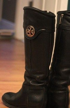 Tory Burch boots. Want.