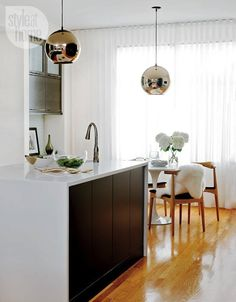 Le Fashion Blog A Fashionable Home Mid Century Modern Glamour Canada Style At Home Magazine Sarah Blakely Kitchen 2