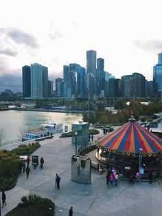 Winter in Chicago Bucket List (short but good ideas) - Winter Bucket List : Winter in Chicago Bucket List (short but good ideas) Moving To Chicago, Chicago Travel, Chicago Trip, Chicago Winter, Winter Wallpaper, Winter House, Weekend Trips, Staycation, Places To Travel