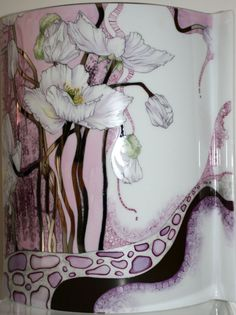 Vase with Kitty (back) by Di Curtin