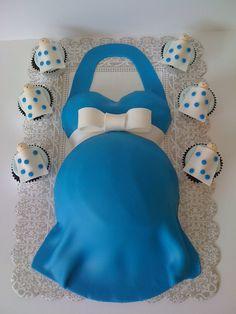 Baby Bump cake and Sleeping Baby cupcakes  www.simplycakesbyalison.com