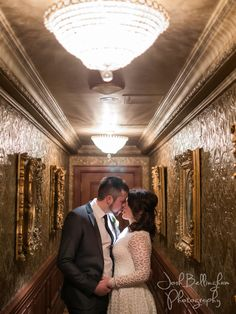 Bride and groom Couples Photography in Niagara On The Lake. Stunning kiss in the Prince Of Wales Hotel, a Landmark of Victorian Elegance. Rustic Gold Wedding colors. @vintagehotels  #JoshBellinghamPhotography
