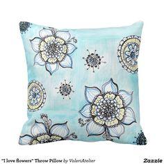 """I love flowers"" Throw Pillow"