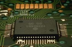 Benefits / Advantages of Surface Mount Technology (SMT) Over Through-Hole