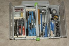 A systainer to replace my tool box Workshop Bench, Workshop Design, Festool Systainer, Tool Organization, Tool Storage, Diy Projects Engineering, Mobile Workshop, Bicycle Tools, Storage Containers