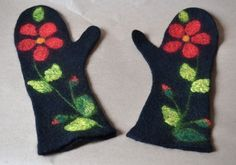 Gefilzte Fäustlinge RedFlower, Filz, Winter, Blume, rot, schwarz, anwesend, handgemacht, warm
