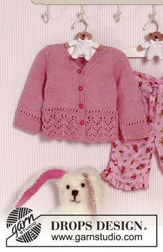 Baby Knitting Patterns Precious Emilia / DROPS Baby – Jacke mit Lochmuster in Muskat Baby Cardigan Knitting Pattern Free, Baby Sweater Patterns, Knitted Baby Cardigan, Knit Baby Sweaters, Knitted Baby Clothes, Baby Knitting Patterns, Baby Patterns, Lace Cardigan, Cardigan Pattern