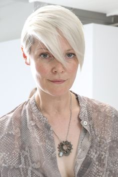 Kate Lanphear showed off her cool style with this short side-parted 'do at the Philosophy by Natalie Ratabesi fashion show.