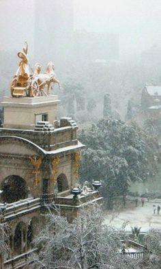 Barcelona under snow   Parc de la Ciutadella