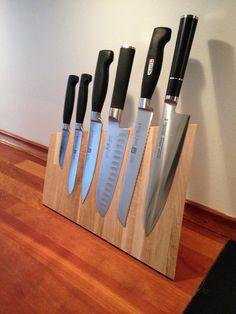 Kitchen Utensils Storage Knife Block Ideas For 2019 Kitchen Utensil Storage, Kitchen Utensils, Kitchen Knives, Magnetic Knife Blocks, Magnetic Knife Holder, Diy Knife, Knife Storage, Diy Cutting Board, Survival Knife
