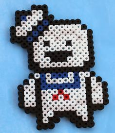 Ghostbusters Staypuft Marshmallow Man by ThePlayfulPerler on DeviantArt Perler Bead Designs, Perler Bead Templates, Hama Beads Design, Diy Perler Beads, Perler Bead Art, Christmas Perler Beads, Christmas Ornament, Melty Bead Patterns, Pearler Bead Patterns