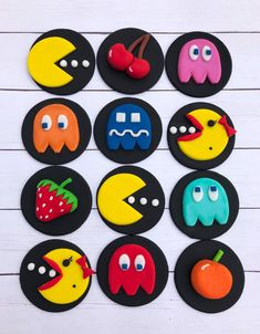 Excited to share this item from my shop: Edible fondant Pac-man themed cupcake treat toppers Cupcakes For Men, Themed Cupcakes, Bolo Pac Man, Pac Man Cake, Festa Do Pac Man, Matcha, Wilton Fondant, Magnum Paleta, Man Cookies