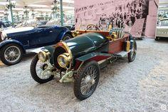 #Bugatti #Type23 #Torpedo à la #Cité de l'#Automobile, Collection #Schlumpf, de #Mulhouse. Article original : http://newsdanciennes.com/2015/07/16/on-a-teste-pour-vous-la-collection-schlumpf/ #Cars #Museum #Voiture #Ancienne #Classic