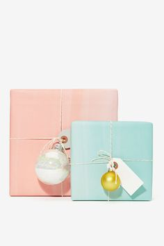 Simple, eye catching gift wrapping