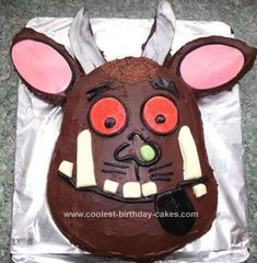 My little girl and I were captivated by the Gruffalo book by Julia Donaldson and Axel Scheffler. So when she asked for a homemade Gruffalo cake for her bir Cool Birthday Cakes, Birthday Cake Girls, Third Birthday, 4th Birthday Parties, Birthday Bash, Birthday Ideas, Gruffalo Party, The Gruffalo, Gruffalo's Child