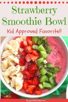 This is the best easy smoothie bowl recipe and the kids can make this in just minutes Made with fruit Greek yogurt and chia seeds for a nutritious breakfast or snack with protein smoothiebowl smoothies kidapproved healthy busylittlechefs Banana Smoothie Bowl, Best Smoothie, Yogurt Smoothies, Easy Smoothies, Protein Smoothies, Strawberry Smoothie Bowl Recipe, Smoothie Recipes With Yogurt, Smoothie Blender, Nutritious Breakfast