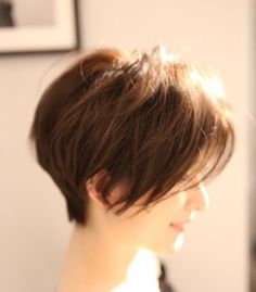 Pixie Hairstyles, Cut And Style, Short Hair Styles, Hair Cuts, Style Ideas, Beauty, Blue Fashion, Hairstyle Short, Bob Styles