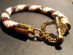 #07 #toho #beads #gold #heart