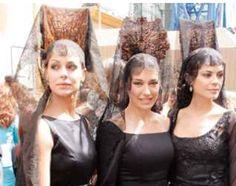 Famosas modelos españolas con mantilla